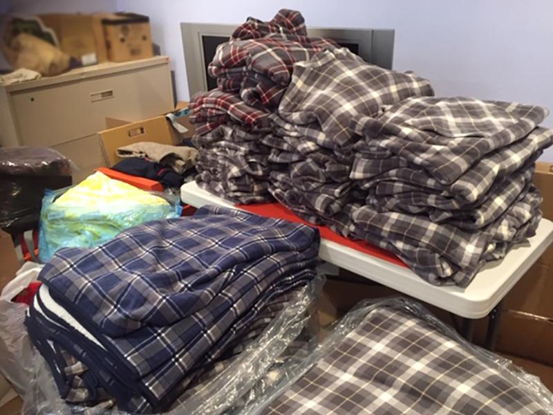 寒冬送暖-捐毯
