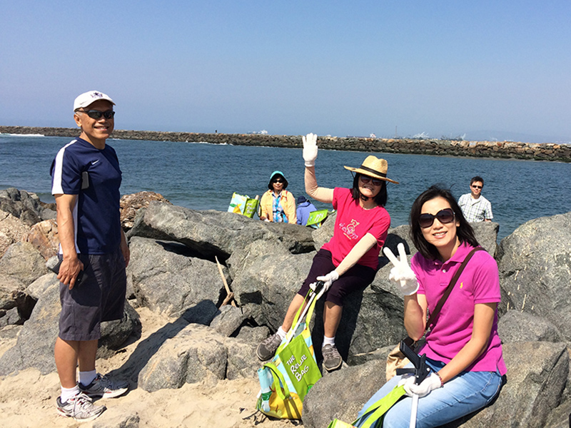 Seal beach cleanup